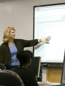 OSU-OKC professor in the classroom