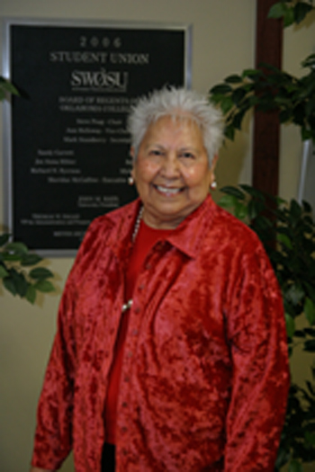 Photo of SWOSU's Henrietta Mann, recipient of a national award.